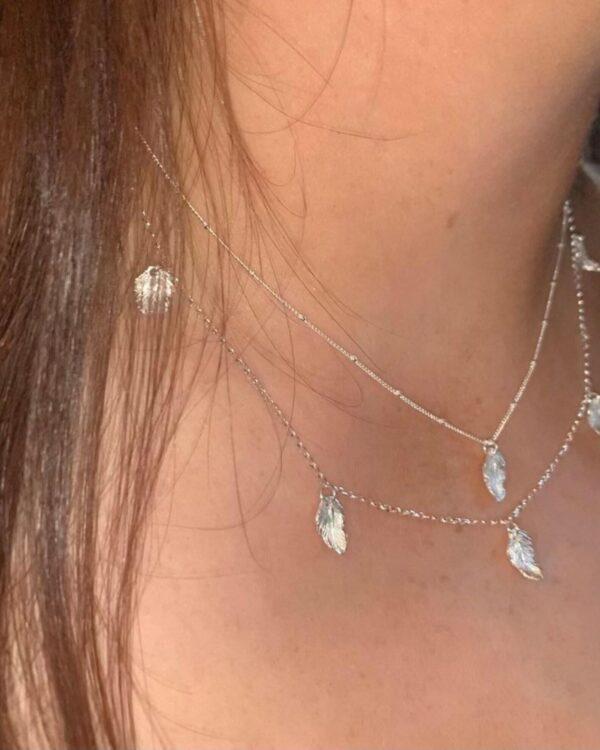 silver 5 leaf pendant